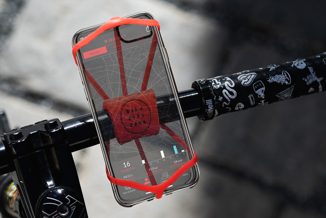 Finn mount with transparant Smartphone